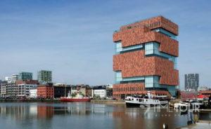 Wycieczka firmowa do Antwerpii - nabrzeże portowe