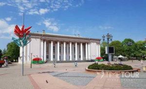 Wycieczka firmowa do Grodna - dom kultury