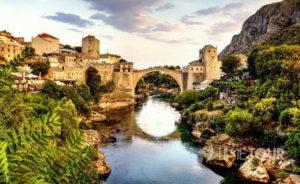 Wycieczka firmowa do Bośni i Hercegowiny - Stary Most w Mostarze