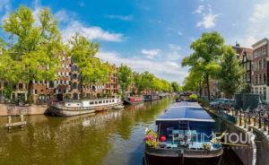 Wycieczka firmowa do Amsterdamu - rejs statkiem kanałami