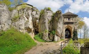 Wycieczka firmowa do Ojcowskiego Parku Narodowego - Zamek w Ojcowie