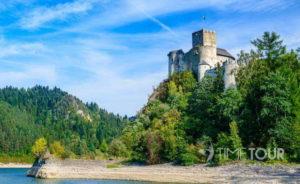 Wycieczka firmowa w Pieniny do Niedzicy - Zamek Dunajec