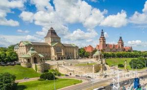 Wycieczka firmowa do Szczecina - Wały Chrobrego i nabrzeże