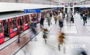 Wycieczka firmowa do Warszawy - warszawskie metro