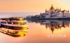 Wycieczka firmowa do Budapesztu - Dunaj i Parlament