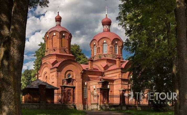 Wycieczka szkolna na Podlasie- cerkiew w Białowieży