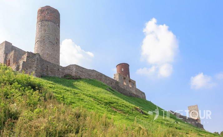 Wycieczka szkolna w Góry Świętokrzyskie - Zamek w Chęcinach