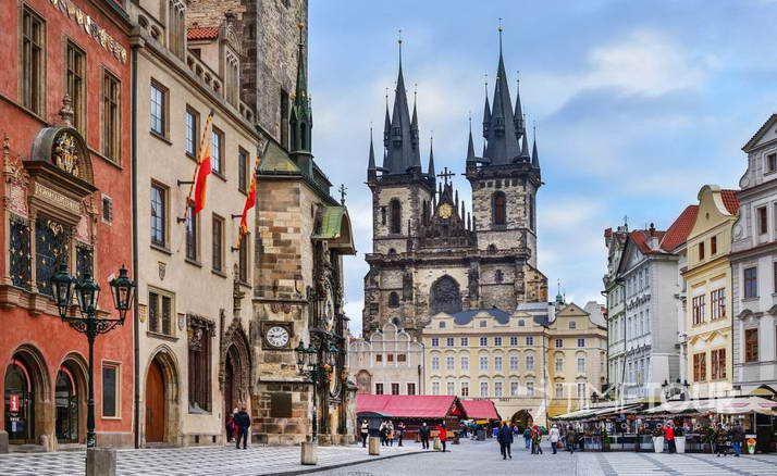 Wycieczka szkolna do Pragi - Stare Miasto i ratusz