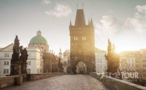 Wycieczka szkolna do Pragi - Most Karola i Stare Miasto