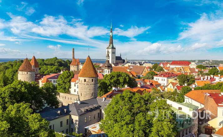 Wycieczka szkolna do Tallina - Stare Miasto i mury obronne