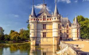 Wycieczka szkolna do Francji - Zamek w Azay-le-Rideau