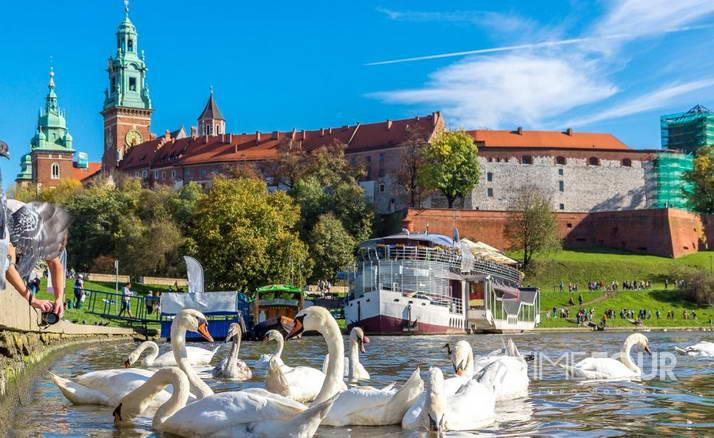 Wycieczka szkolna do Krakowa - bulwary nad Wisłą i Wawel