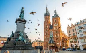 Wycieczka szkolna do Krakowa - Rynek Główny i kościół Mariacki