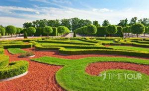 Wycieczka szkolna na Łotwę - ogrody pałacowe w Rundale