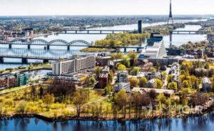 Wycieczka szkolna do Rygi - mosty nad Dźwiną i wieża TV