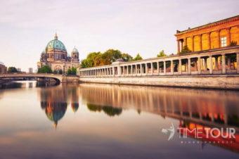 BERLIN I TROPIKALNA WYSPA
