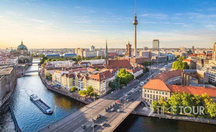 Wycieczka szkolna do Berlina - Sprewa i wieża TV