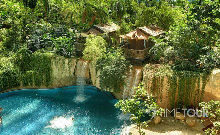 Wycieczka szkolna do Tropikalnej Wyspy - Tropical Island