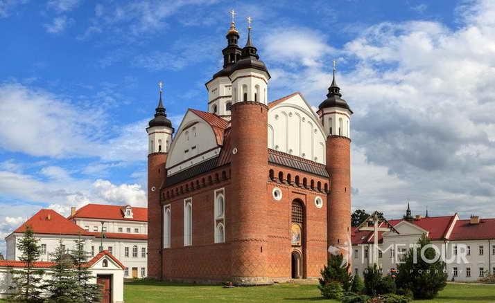 Wycieczka szkolna na Podlasie - monastyr w Supraślu