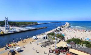 Wycieczka szkolna do Ustki - port i plaża