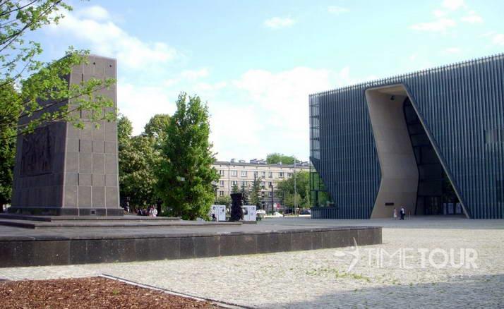 Wycieczka szkolna do Warszawy - Muzeum POLIN